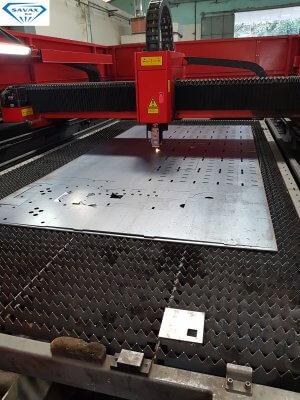 Máy cắt laser tại xưởng Savax