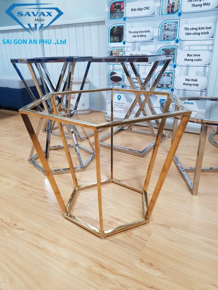 Chân bàn inox mạ vàng tại Savax