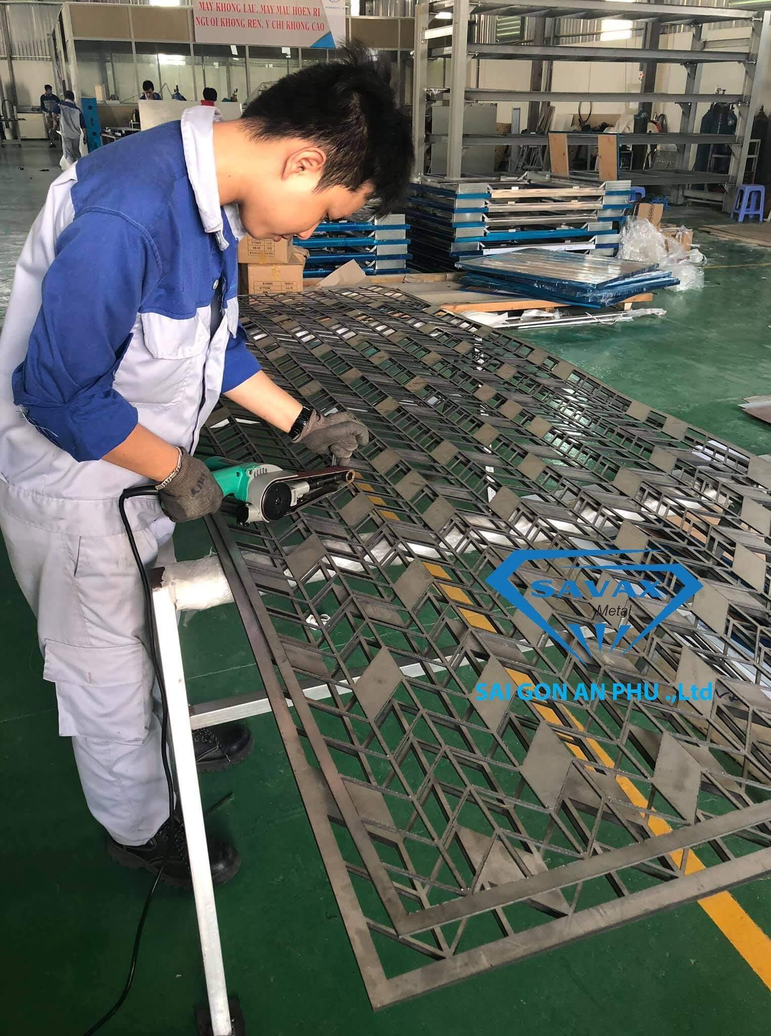 Sản phẩm cắt laser vừa gia công tại xưởng Savax