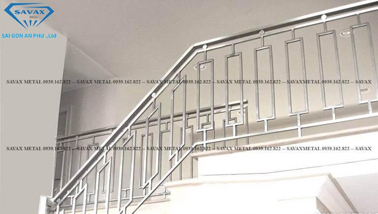 Mẫu tay vịn cầu thang dạng ống tròn