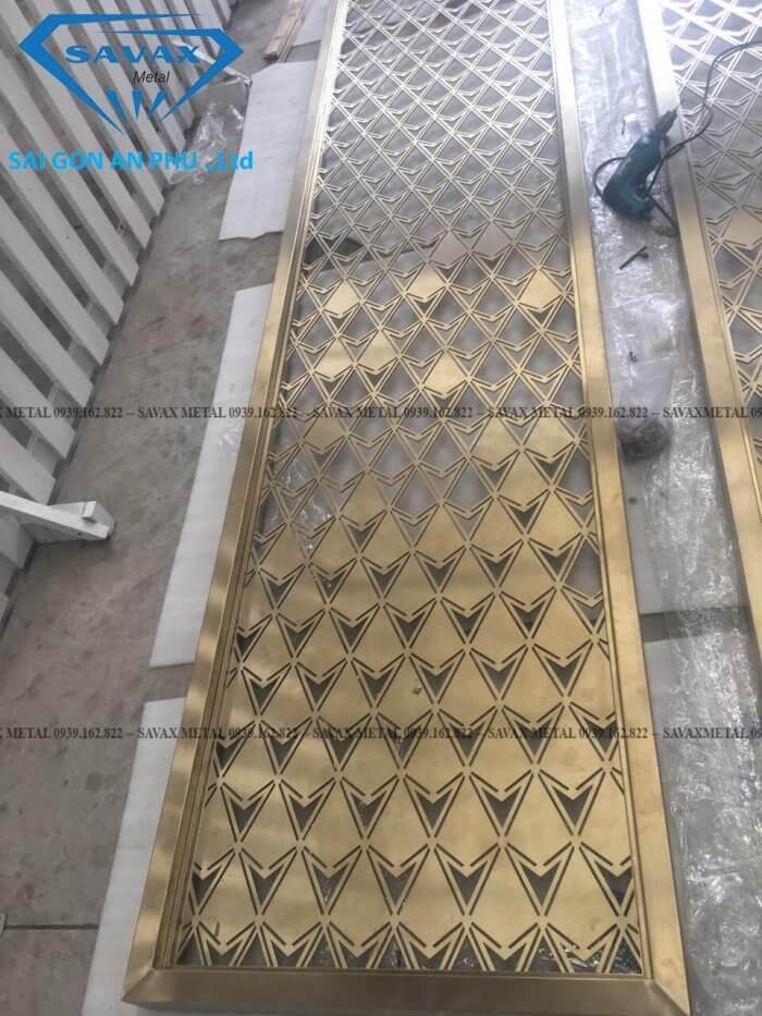 Mẫu vách ngăn inox vừa được cắt cnc tại xưởng
