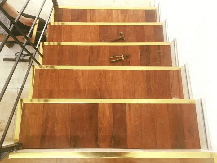 Nẹp chống trượt cho bậc cầu thang